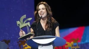 Mamen Mendizábal recibiendo el Premio Ondas