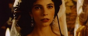 Maribel Verdú dando vida a la Cayetana de Alba de Goya en Burdeos de Carlos Saura