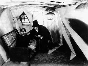 Fotograma del film El Gabinete del Dr. Caligari