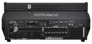 Parte trasera de la nueva mezcladora Roland M-5000C