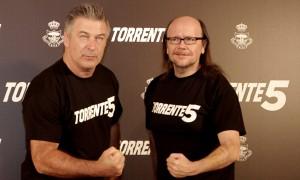 Alec Baldwin y Santiago Segura promocionando Torrente 5